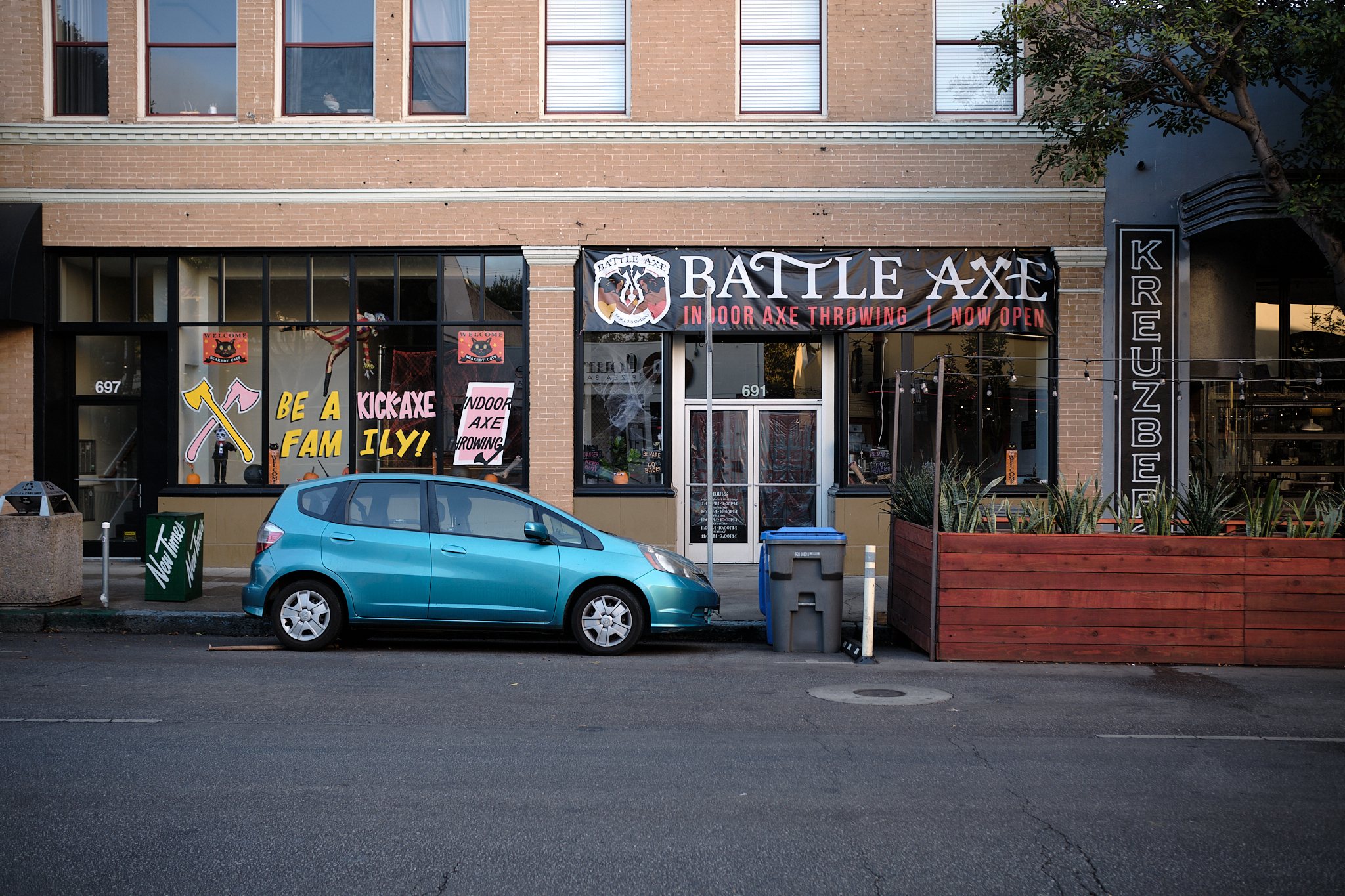 Street view photograph of Indoor axe throwing business.